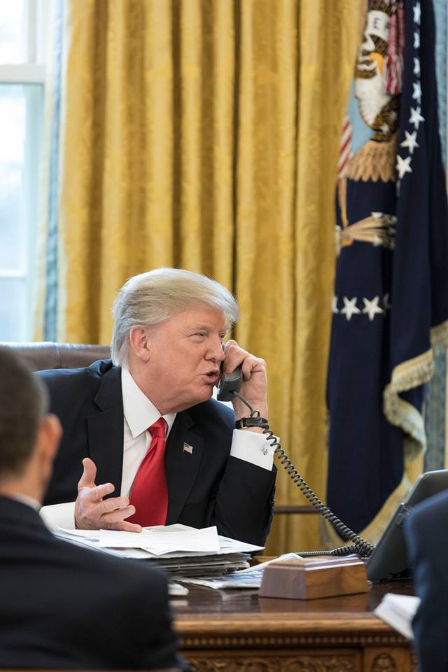 Donald Trump dans le bureau ovale