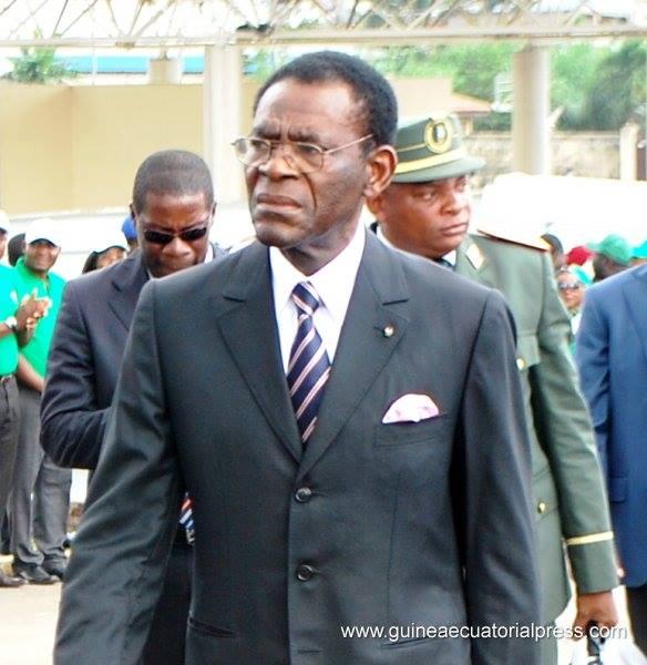 Le président équato-guinéen Teodoro Obiang en compagnie de sa garde rapprochée