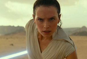 Disney+ a annoncé, le lundi 27 avril 2020, que les neuf films principaux de la saga Star Wars ainsi que les deux films dérivés seront mis en ligne le 4 mai prochain